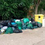 Escrito al Ayuntamiento por la acumulación de basuras.
